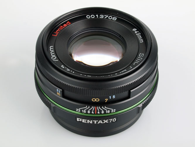 SMC Pentax-DA 70mm f/2.4 Limited Lens