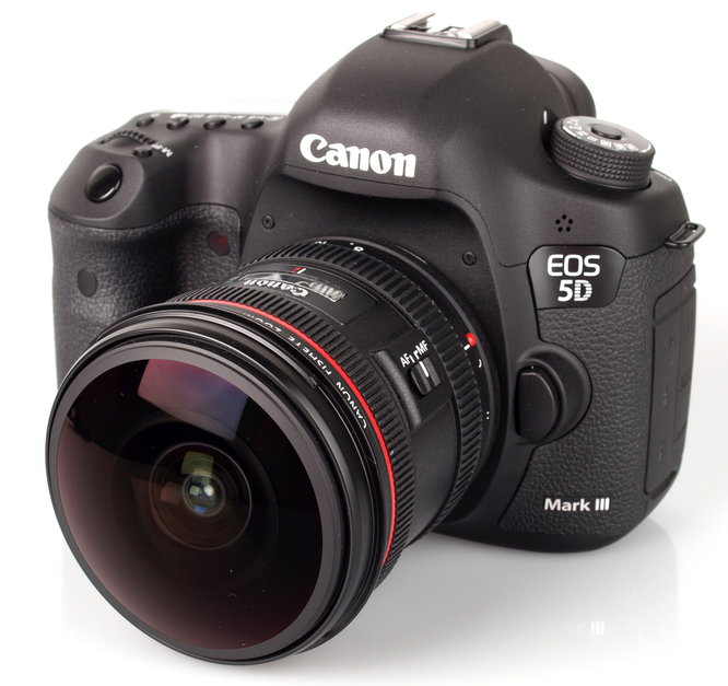 Canon EF 8-15mm f/4L Fisheye USM and Canon EOS 5D Mark III