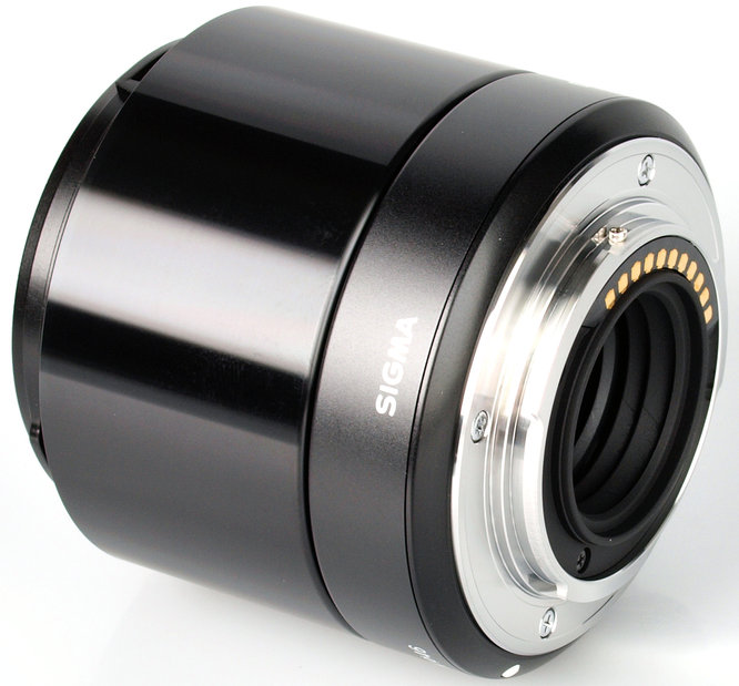 Sigma 60mm f/2.8 DN 6