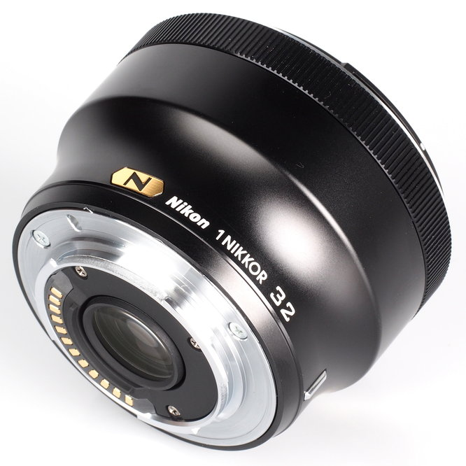 Nikon 1 Nikkor 32mm F1 (3)