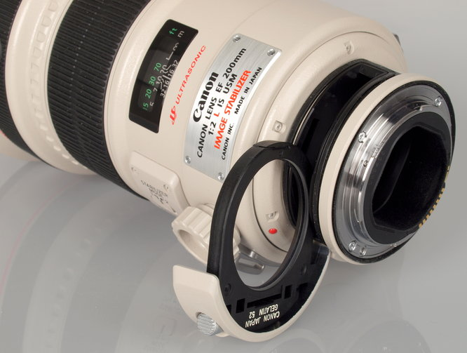 Canon EF 200mm F2 L IS USM (8)
