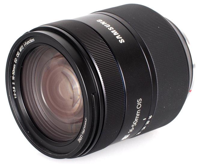 Samsung S 16 50mm F2 8 ED OIS Lens (2)