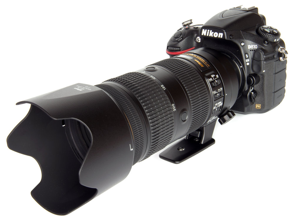 Nikkor 70 200mm F2,8 Fl Ed Vr With Hood On Nikon D810