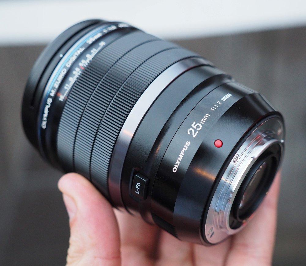 Olympus M Zuiko PRO 25mm F1 2 (1) (Custom)