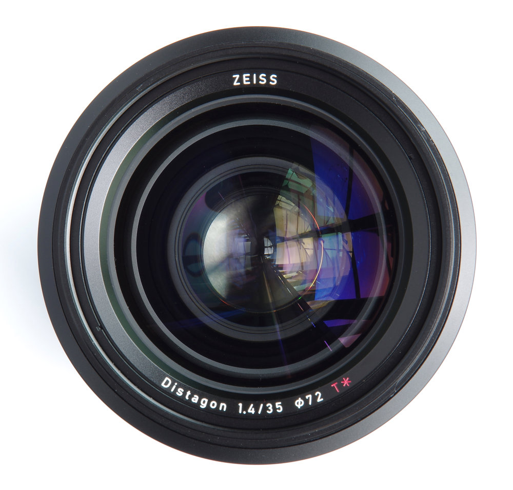 Zeiss Milvus 35mm F1,4 Front Element View