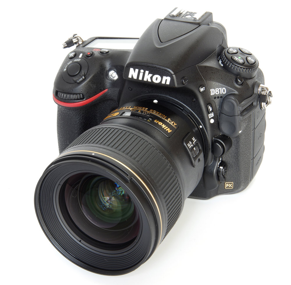 Nikkor 28mm F1,4 On Nikon D810 No Hood