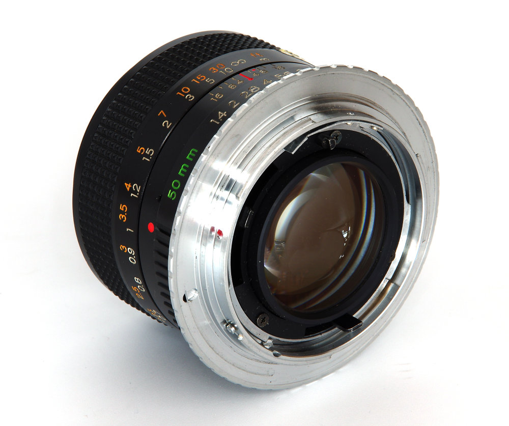 Yashica Ml 50mm F1,4 Rear Oblique View