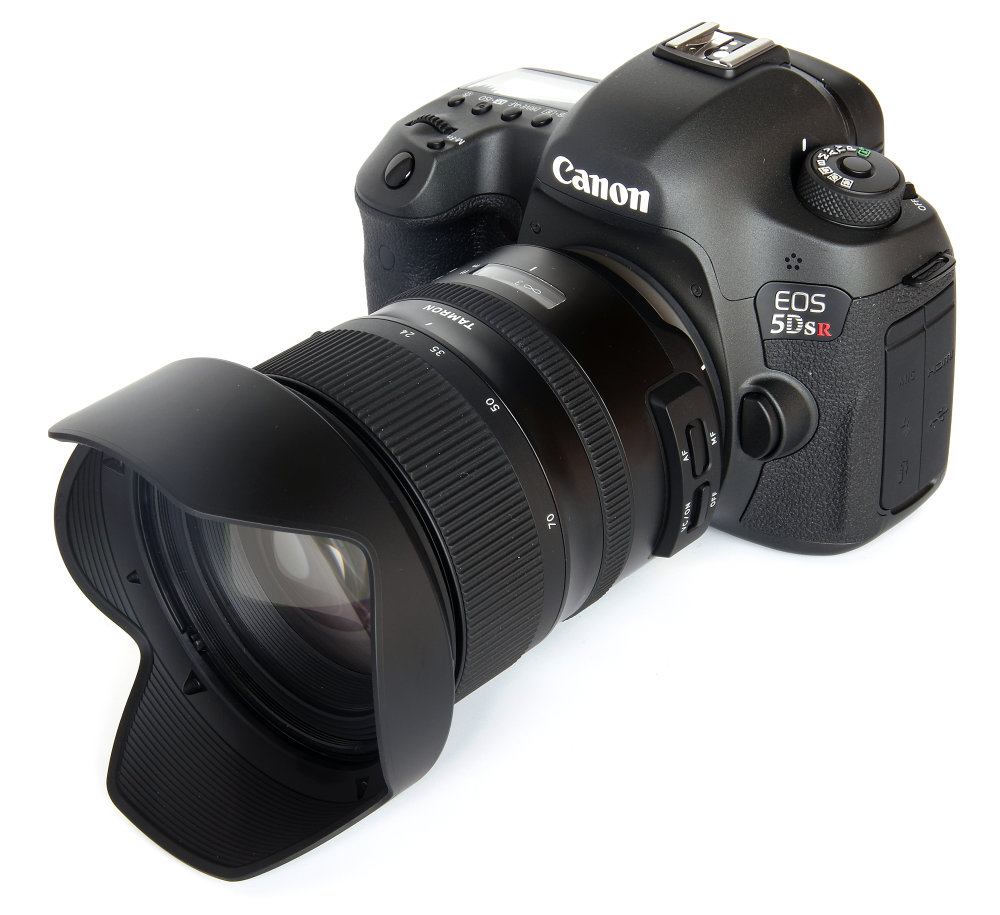 Tamron 24 70mm G2 On Canon 5dsr At 24mm With Hood