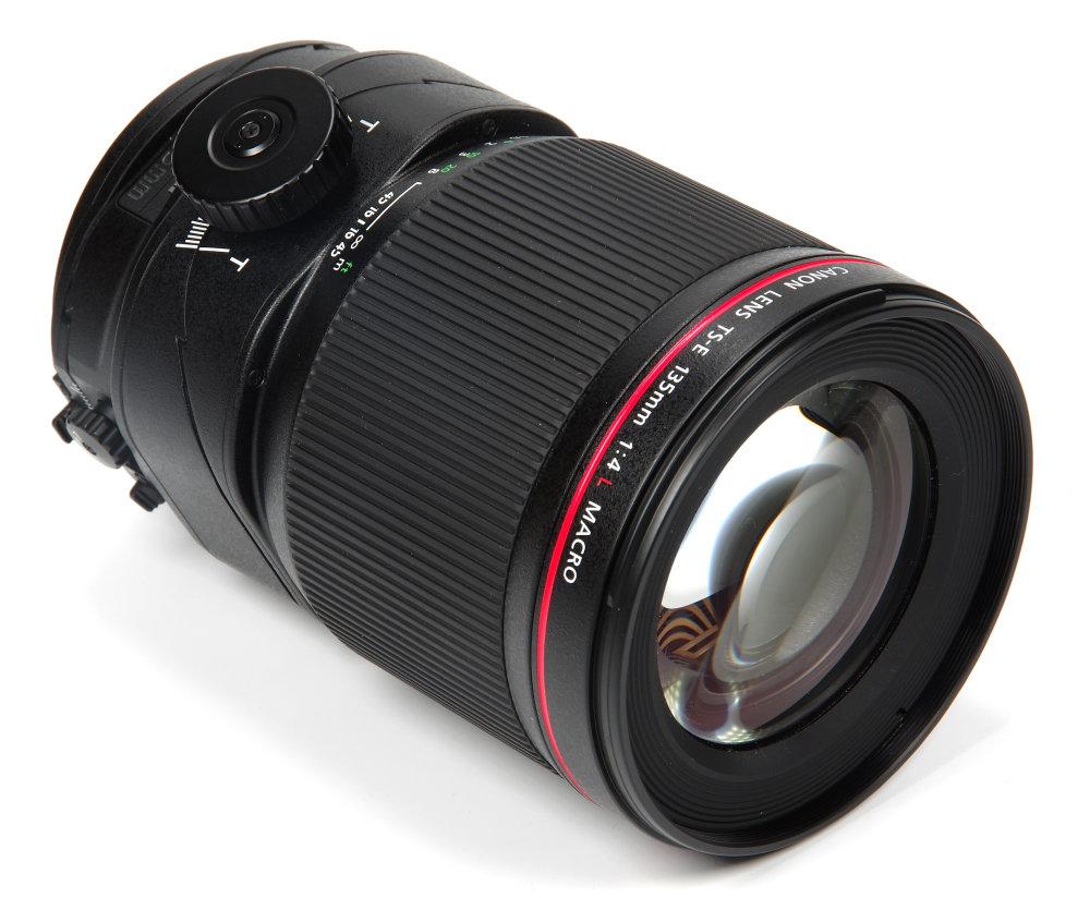 Canon Ts E 135mm F4l Macro Front Oblique View