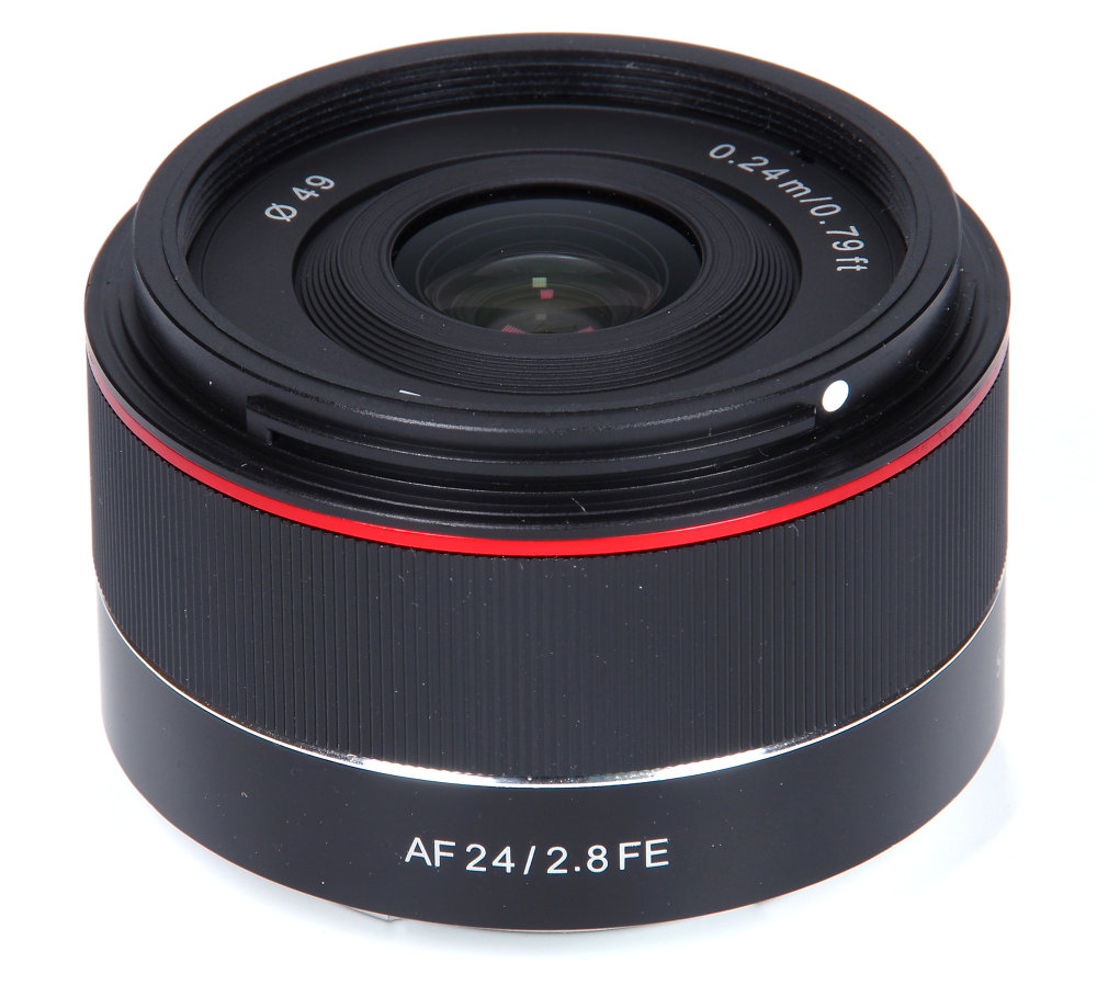 Samyang Af 24mm F2,8 Fe Vertical View